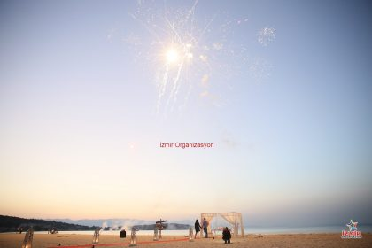 Yalova Havai Fişek Gösterisi Yalova Yer Volkanı Yalova Işıklı Uçan Balon Temini İzmir Organizasyon