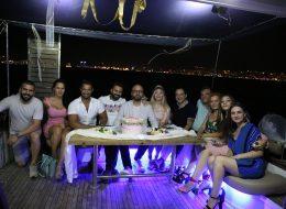 Arkadaşlarla Teknede Evlenme Teklifi Organizasyonu Bostanlı