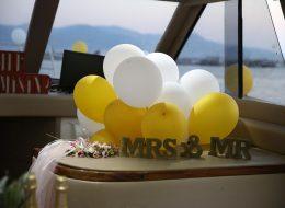 Beyaz ve Dore Uçan Balonla Tekne Süsleme İzmir